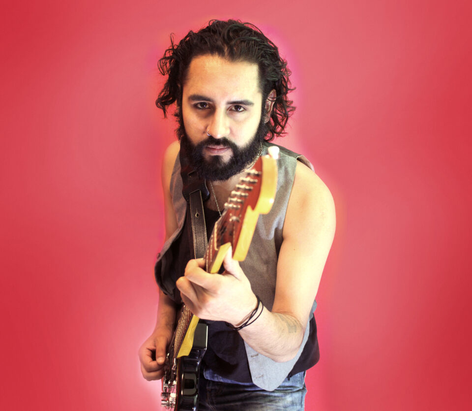 Salvador Spindola foto cover